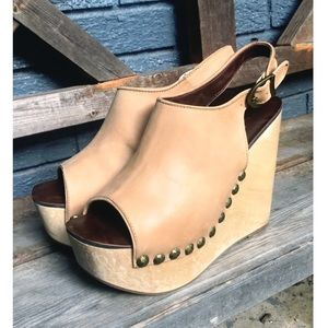 ✨JEFFREY CAMPBELL Snick Stud Wedge